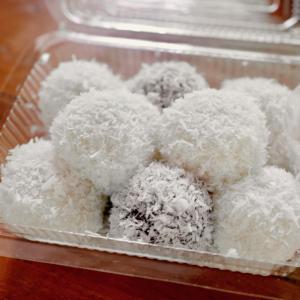 タリンチャン 水上マーケット 「3つの市場巡りツアー」でみつけたお菓子!『カノムコー』