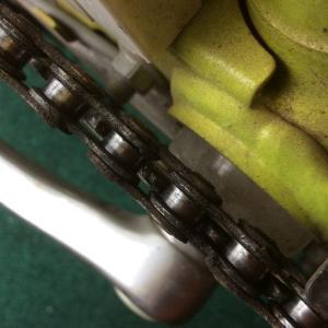 電動アシスト自転車の足元から異音