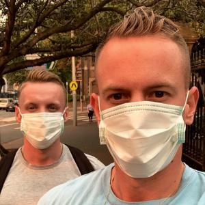 Bush fireで煙るシドニー