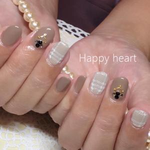 岐阜市ネイル チェックネイル Happy heart