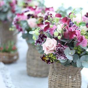 今が一番かわいいお花いっぱい♡ かわいいフラワーポットに入れて