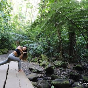 森林浴ヨガ・ヨガインストラクターさんのプロフィール写真撮影【オアフ島ロケーションフォトツアー】