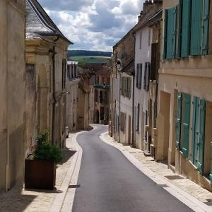 シャトー・ティエリー(Château-Thierry)城跡と街散策