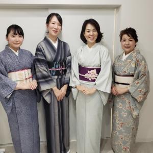 京都・きもの講座│着付け講師と現役大学生のクラス。本日修了です!