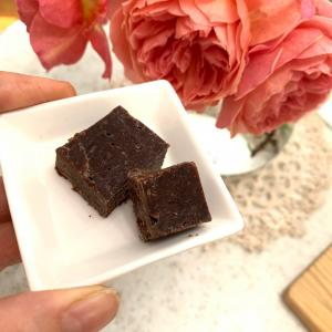 【レッスンレポ】「チョコレート(板)が作れる、それも簡単に!感動しました!」ノンシュガーです♪