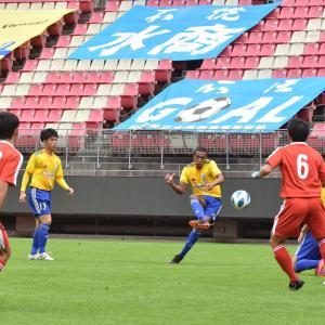 11月8日(日)に開催された「全国高校サッカー選手権大会 茨城県予選 準決勝」(vs 水戸商)の写真をWebアルバムにアップしました!