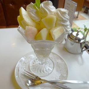イワタコーヒー店*桃のパフェ*純喫茶*レトロカフェ