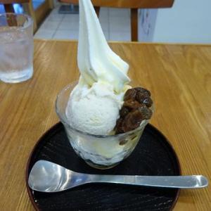 鎌茶屋*ラムレーズンのソフトクリームとアイスクリーム