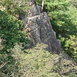 芦屋地獄谷付近の岩壁