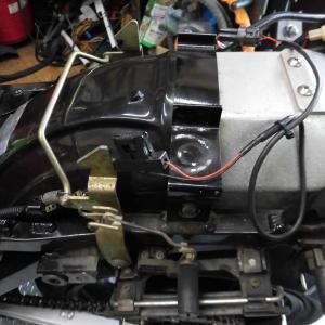 GPZ900R 超容量インナーフェンダーキット スタータ ナイトロン カラーオーダー