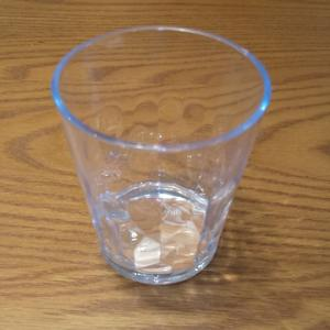 新素材なトライタンのグラス