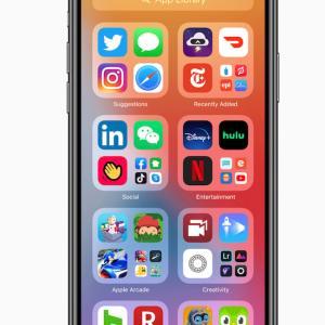 iPhone、時期OSで画面も一新
