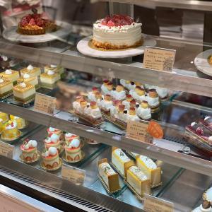 【専門学校生が作るケーキをお安く販売】山手調理製菓専門学校とフロム蔵王のアイスが安い