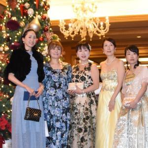 クリスマス仕様の豪華な晩餐会 ①