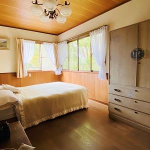 箱根のオーストリアンスタイルのベッドルーム ②