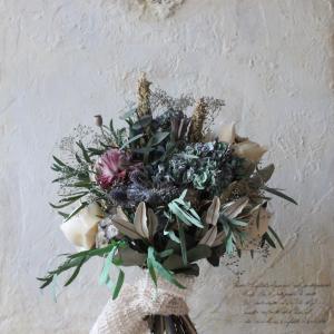 お花の商品もネットで販売しております。。