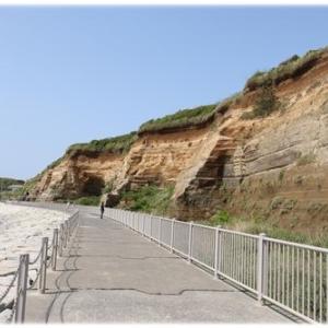 海沿いにつづく遊歩道でお散歩♪
