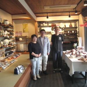 FB友達で友の会会員の西田さんご夫妻ご来店!