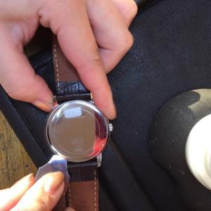 腕時計電池交換¥500~!【お得です】
