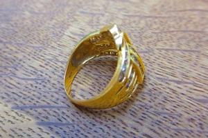 指輪の変形直し即日対応可能!