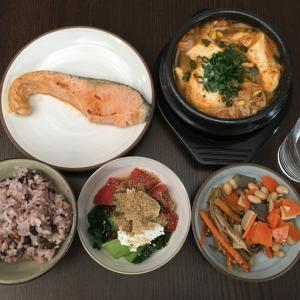 チョングッチャンとイケてる高野豆腐。