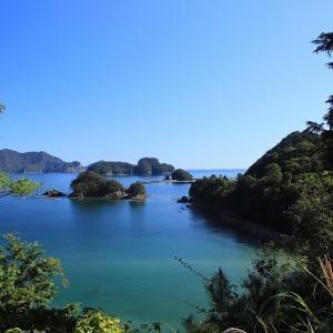 尾鷲湾に行野浦漁港風景