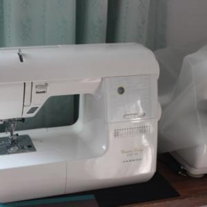 新しいミシン♪JUKI SL-700EX