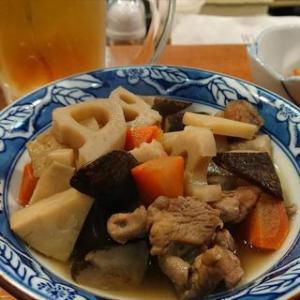 軽井沢駅前で煮物!