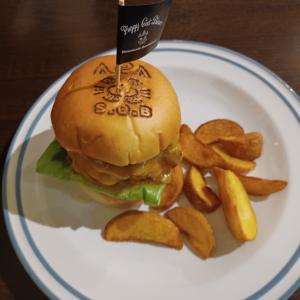 いちごがお気に入りなハンバーガー屋さん