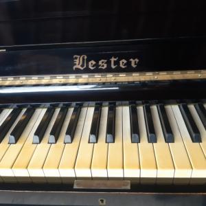 手作りピアノ