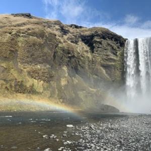 アイスランドの滝(3)南アイスランド、大瀑布の王者はスコゥガフォス