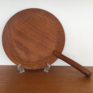 デンマーク 取っ手付きの木製トレイ