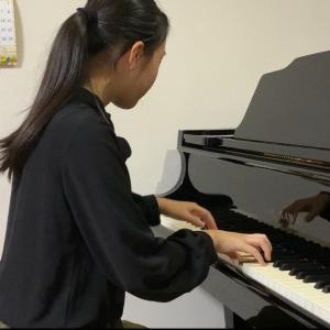 ピアノ教室がリサイタル会場に