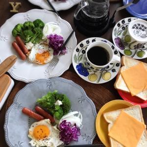平日の朝ごはん♪(朝ごパン)