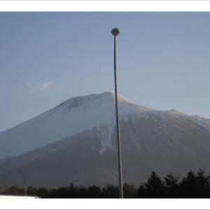 ふるさとの山!岩手山は雄大です