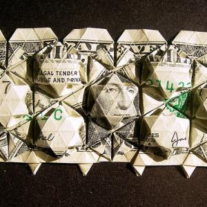【シニア向け】銀行員のセールストークで溶けた老後資金!iDeCoとNISAの甘い罠!!