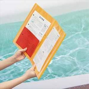 チャック付ポケットが水・汚れ・落下から書類を守る!「クリアーファイル チャックタイプ」