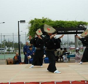 新潟を題材にした訪問着  佐渡のお祭りを・・・
