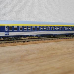 L.S.Models #74003-1 オランダ国鉄(NS)寝台車 AB-30型 入線