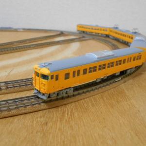 マイクロエース 115系3000番台 濃黄色 クーラー交換車 入線