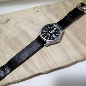 腕時計のベルト&ニコちゃんペンダント。&年末のご挨拶。