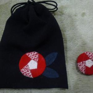 椿の巾着袋