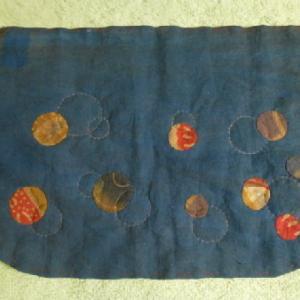 柿渋染の水玉模様のバッグ