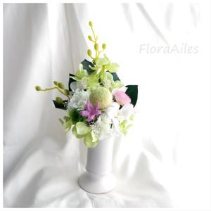 ◆お供えのお花は瑞々しくお手入れが不要なので助かります