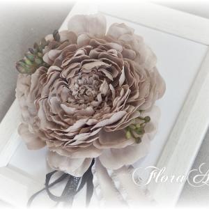 ◆ラストを飾るコサージュ♪ラナンキュラスの花と共に♪