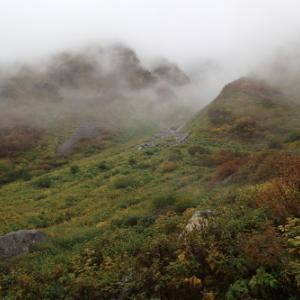 雨の山行 双六岳編