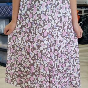 小学5年女児カットソー作品、8枚ハギスカート