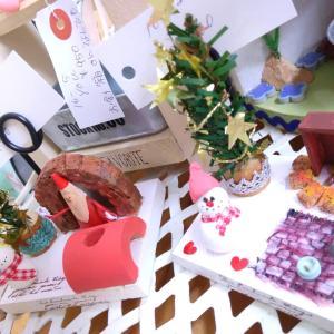 どーぞ、どーぞ、お選び下さって♪クリスマスプレゼントは、当店で、世界で、たった一つの作品を。