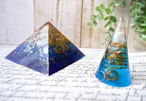 【生徒さま作品】まるで宇宙と海のようなブルーのオルゴナイト