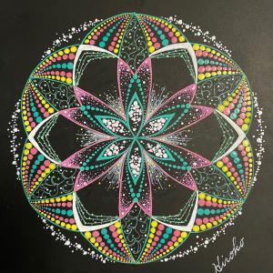 日曜日のstep2に向けて、点描曼荼羅練習中♪